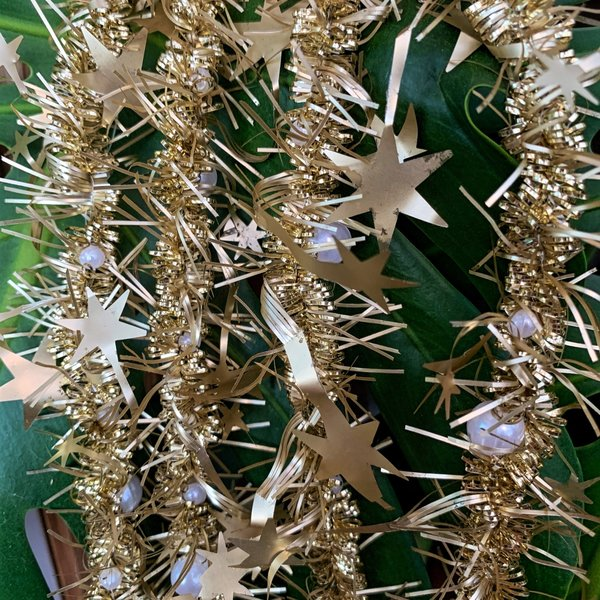 Tinsel Star Garland with Beads 2 Ply light gold  1.5m