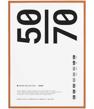 Paper Collective Paper Collective  50 x 70 cm Oranje  Lijst