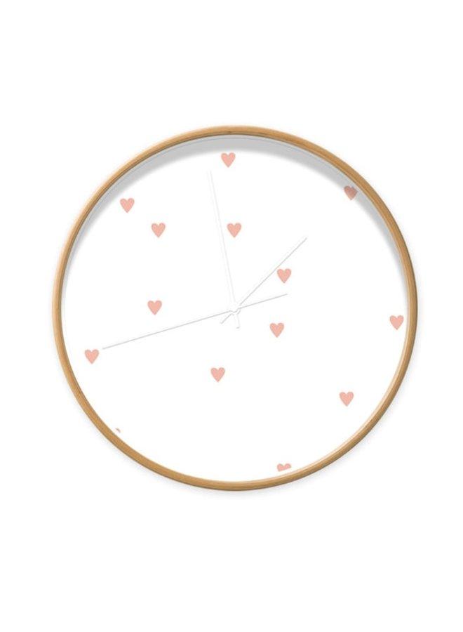 Klok wit met roze hartjes