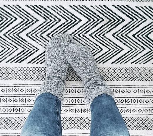 Soms kan die koude vloer zo kil aan je voeten aanvoelen.