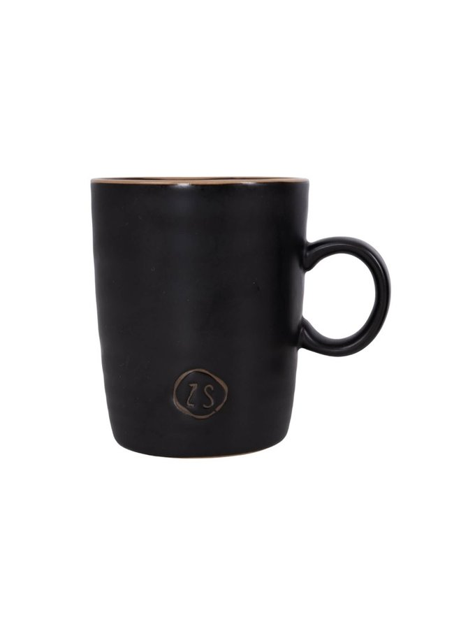 Tea mug pottery black