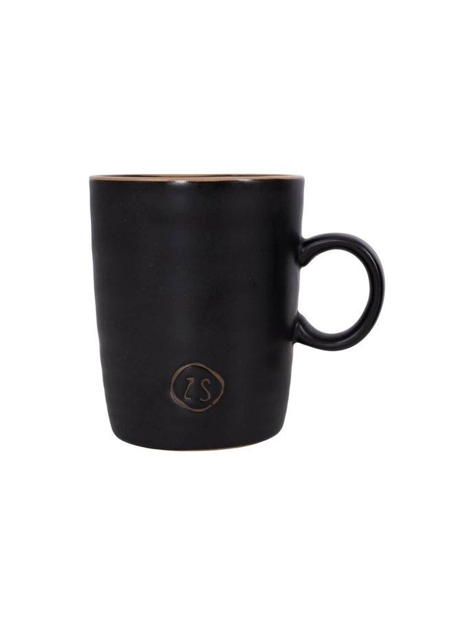 Tea mug pottery black