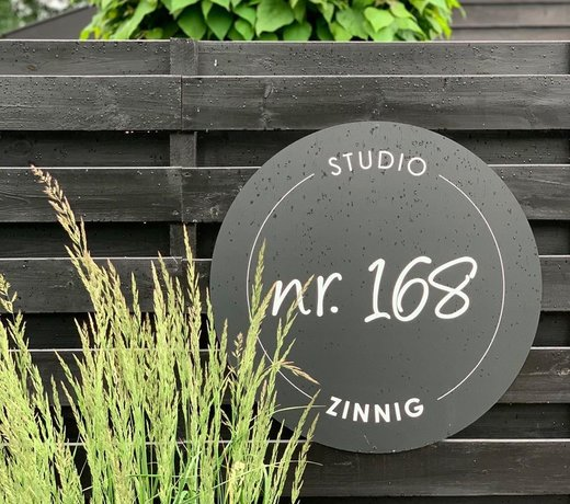 Outdoor name- &housenumberplates