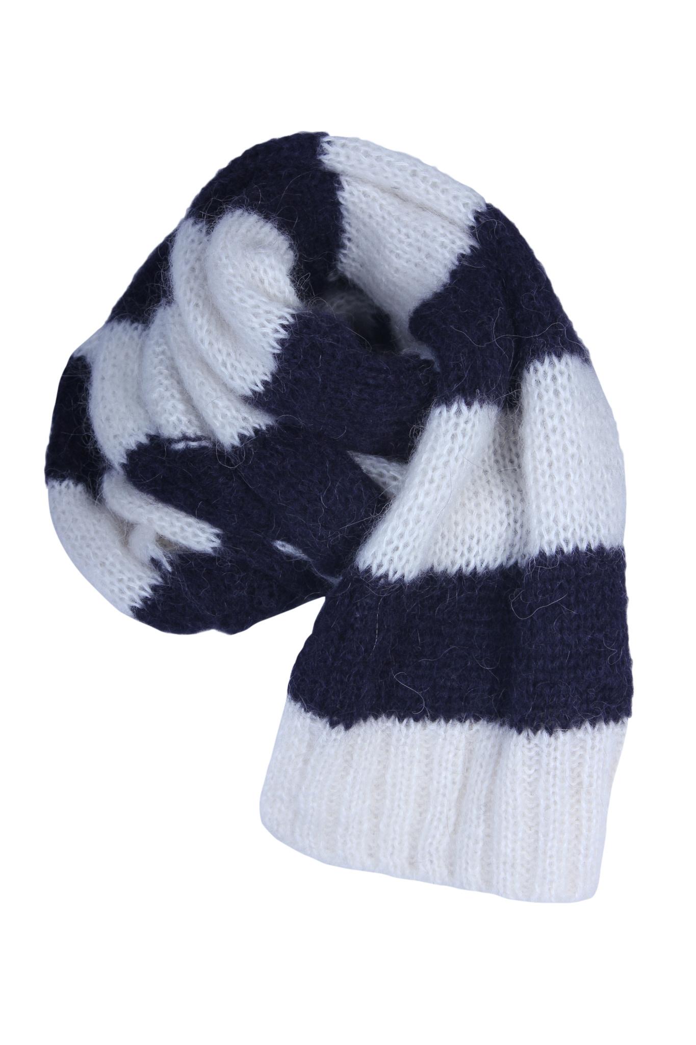 Sjaal CLOSED-2