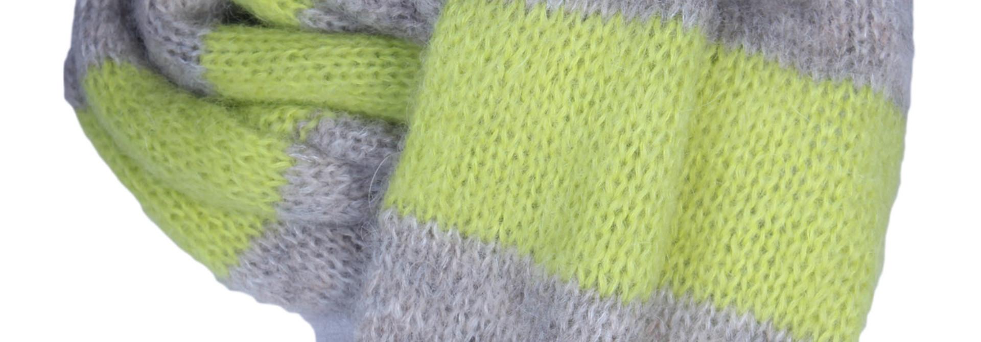 Sjaal CLOSED