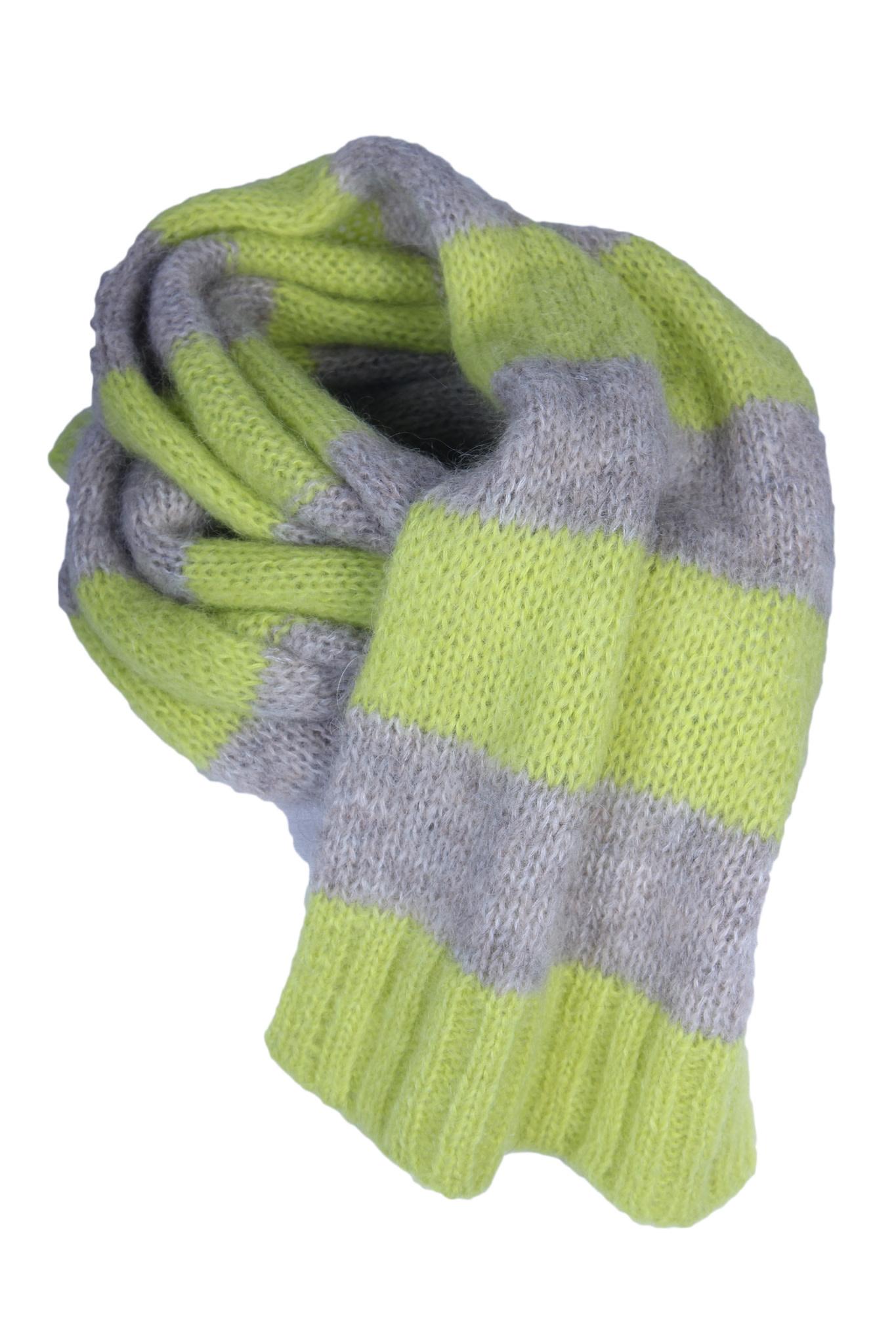 Sjaal CLOSED-1