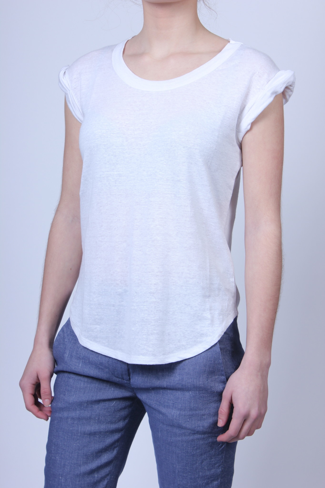Shirt Chaser Twisted Sleeve-1
