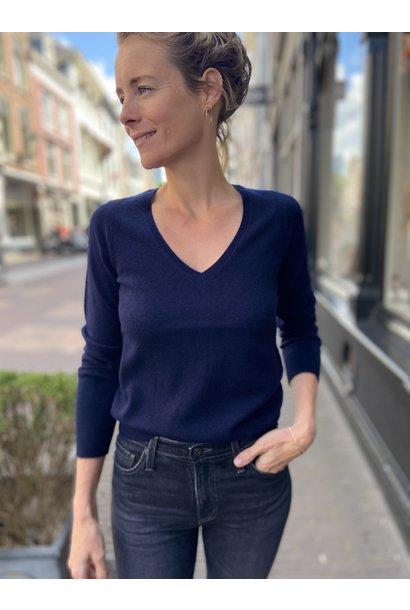 Trui  Sweater V neck (verkrijgbaar in verschillende kleuren)