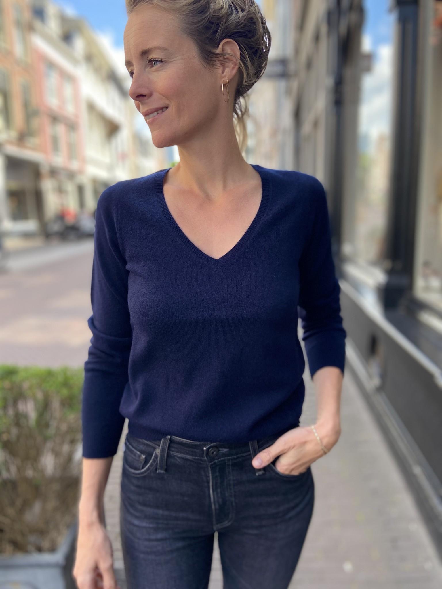 Trui  Sweater V neck-1