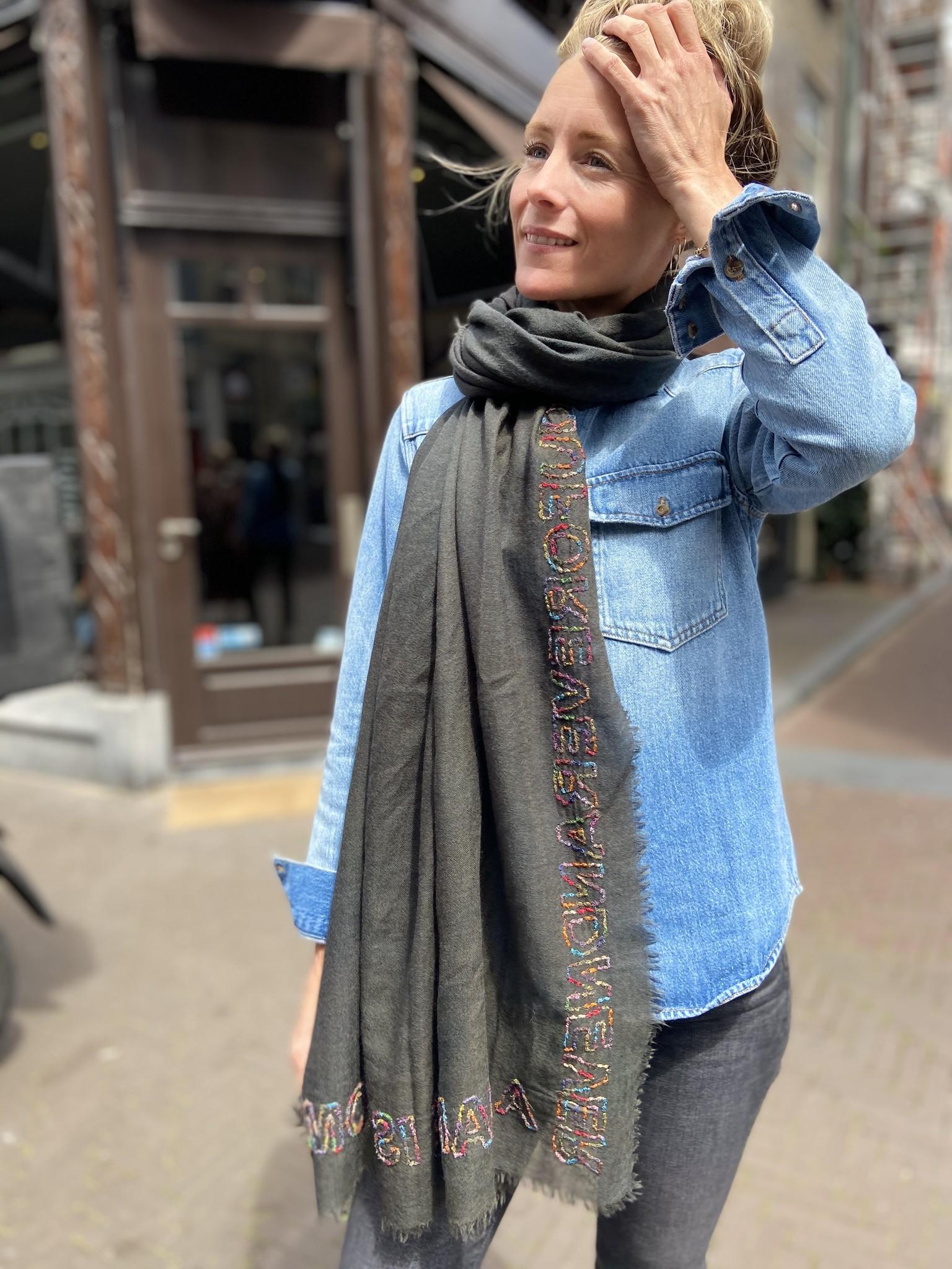 Sjaal Change-1