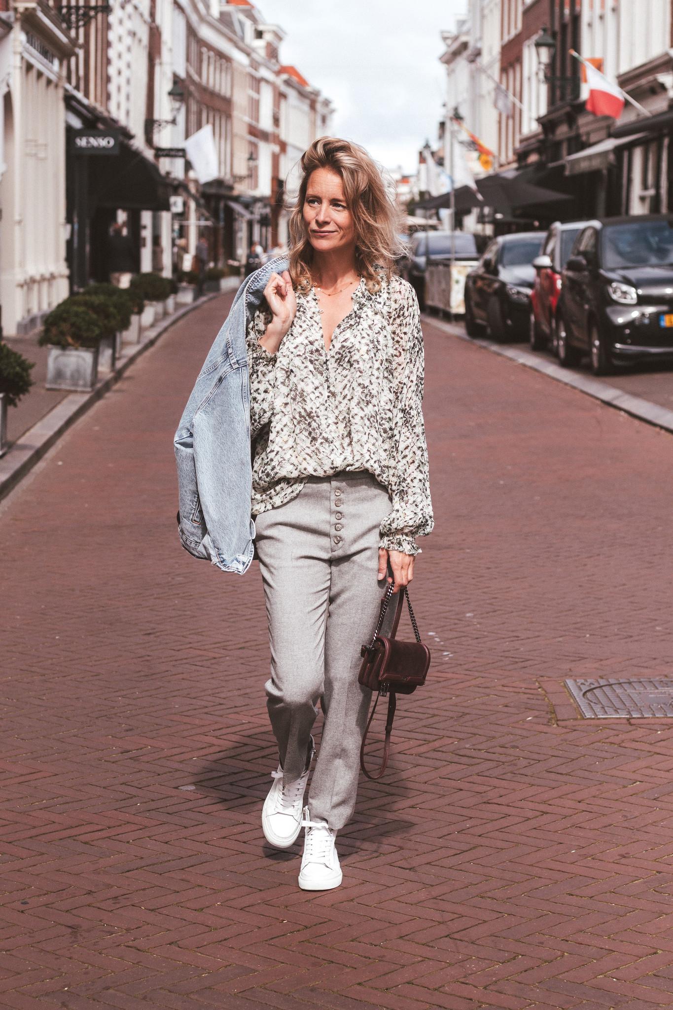 Lala Berlin 1216-WO-2039 blouse Basil-2