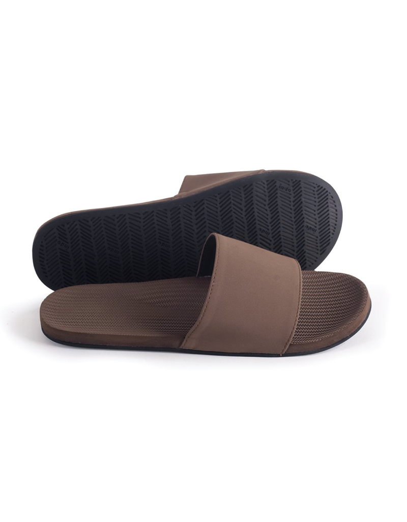 Indosole Men's ESSNTLS Slide Soil