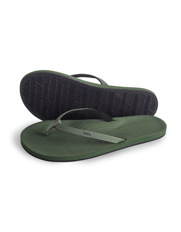 Indosole Women's ESSNTLS Leaf