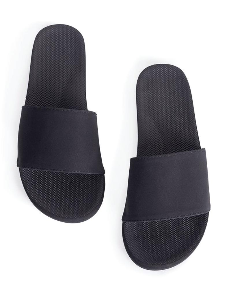 Indosole Women's ESSNTLS Slide Black
