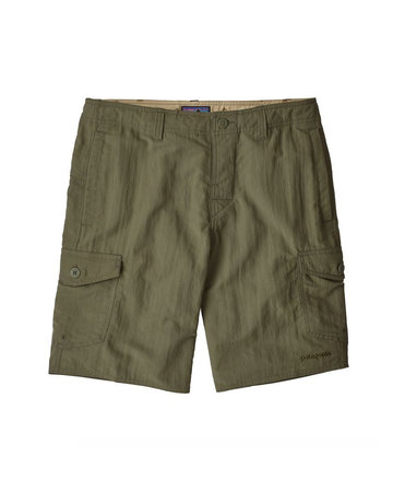 Patagonia M's Wavefarer Cargo Shorts - 20 in. Industrial Green