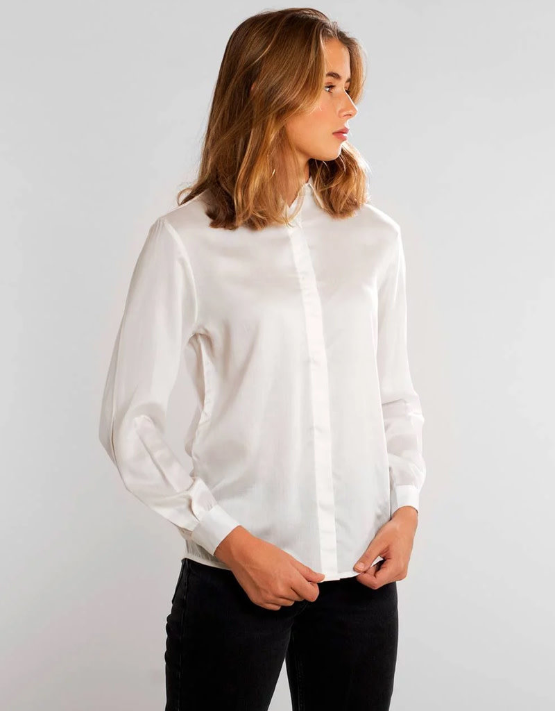 Dedicated Shirt Dorothea – VWT