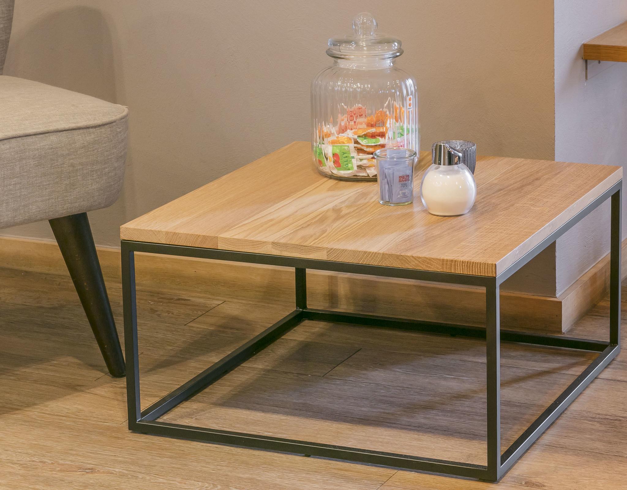 Steiken-vierkante-salontafel-60x60