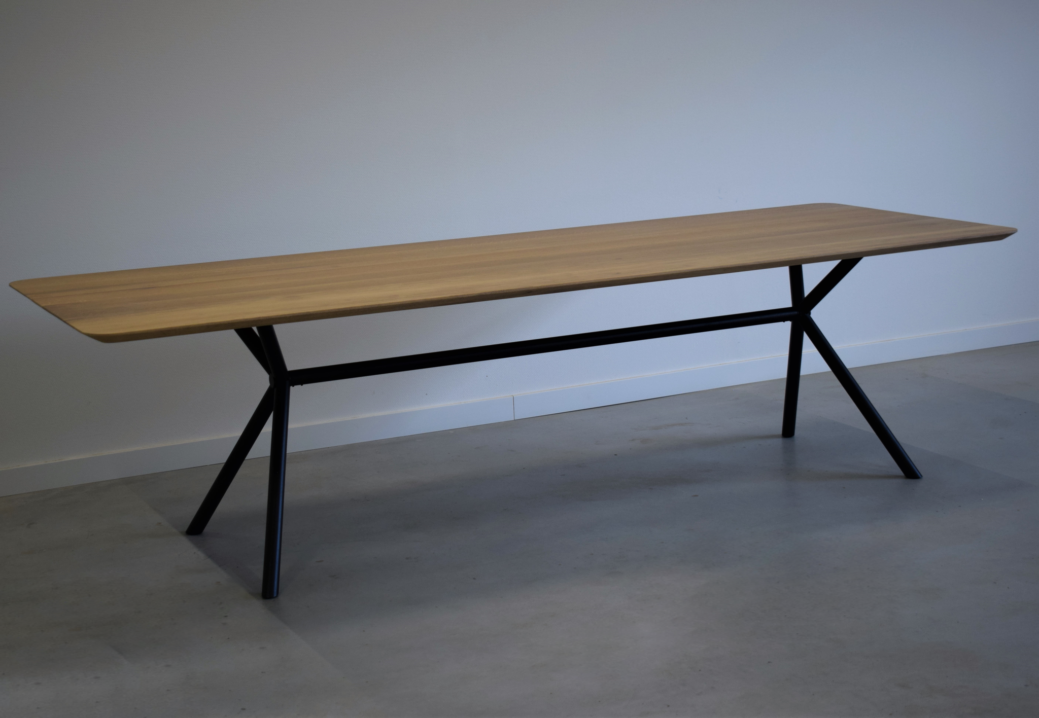 Steiken-design-tafel
