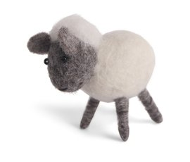 En Gry & Sif Én Gry & Sif handmade white lamb standing