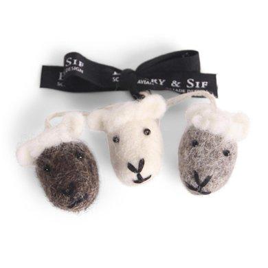 En Gry & Sif  Én Gry & Sif 3 handmade Easter pendant lambs