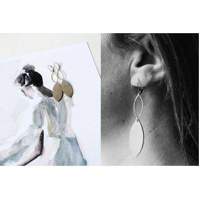 Lisa la pelle Lisa la pelle earrings royal emma suede beige