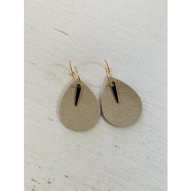 Lisa la pelle Lisa la pelle earrings spiky little love cream
