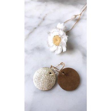 Lisa la pelle Lisa la Pelle oorbellen confetti love reversible bruin suede/goud