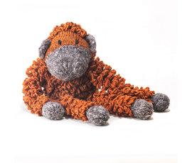 Kenana Nitters Kenana knitters hug orang outan