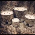 Oscar Candles Oscar Candles XL bruinwitte koeienhuid grijze pot