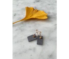 Lisa la pelle Lisa la Pelle earrings Be Cleo blauw/grijs