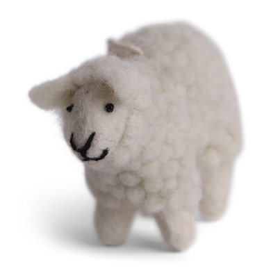 En Gry & Sif ÉnGry & Sif sheep fluffy white