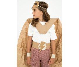 Koko Cardboards Koko Cardboards DIY kostuum superhero