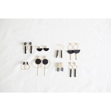 Studio Nok Nok Studio Nok Nok earrings Basic.07 black