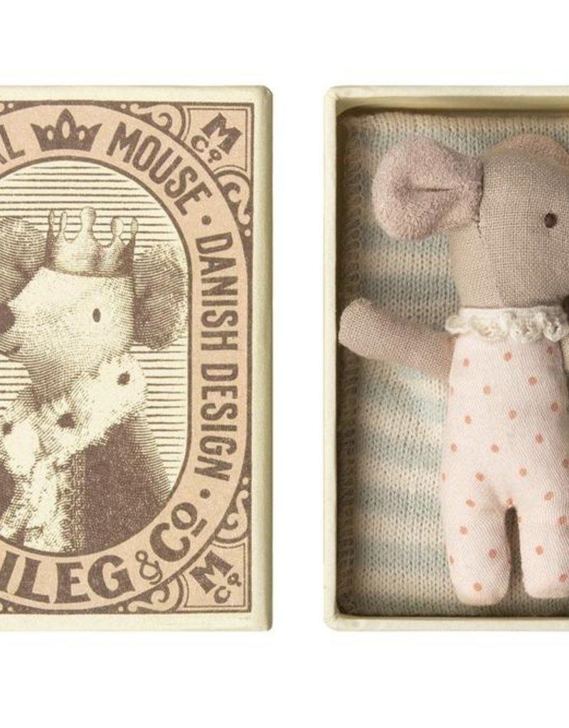 MAILEG MAILEG BABY MOUSE SLEEPY IN BOX GIRL