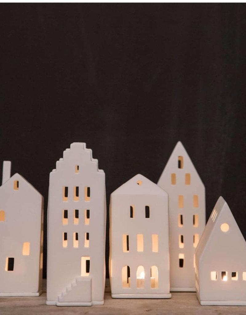 RADER RADER LIGHT HOUSE GABLE HOUSE