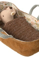 MAILEG MAILEG BABY MOUSE IN CARRYCOT