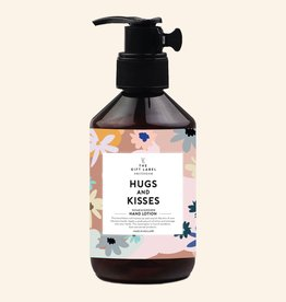 THE GIFT LABEL GIFT LABEL HAND LOTION HUGS AND KISSES