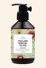 THE GIFT LABEL GIFT LABEL HANDLOTION YOU ARE SPECIAL TO ME