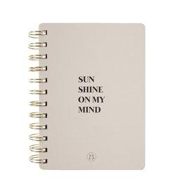 ZUSSS Zusss notitieboekje sunshine zand