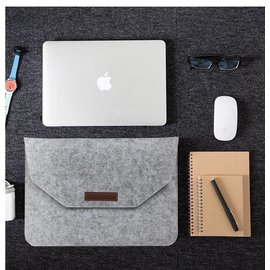 Merkloos Macbook 15.4 inch laptop Flip Case van Wolvilt  - Universeel laptoptas Grijs
