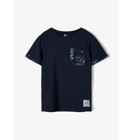 Name It Blauwe t-shirt met tropische borstzak
