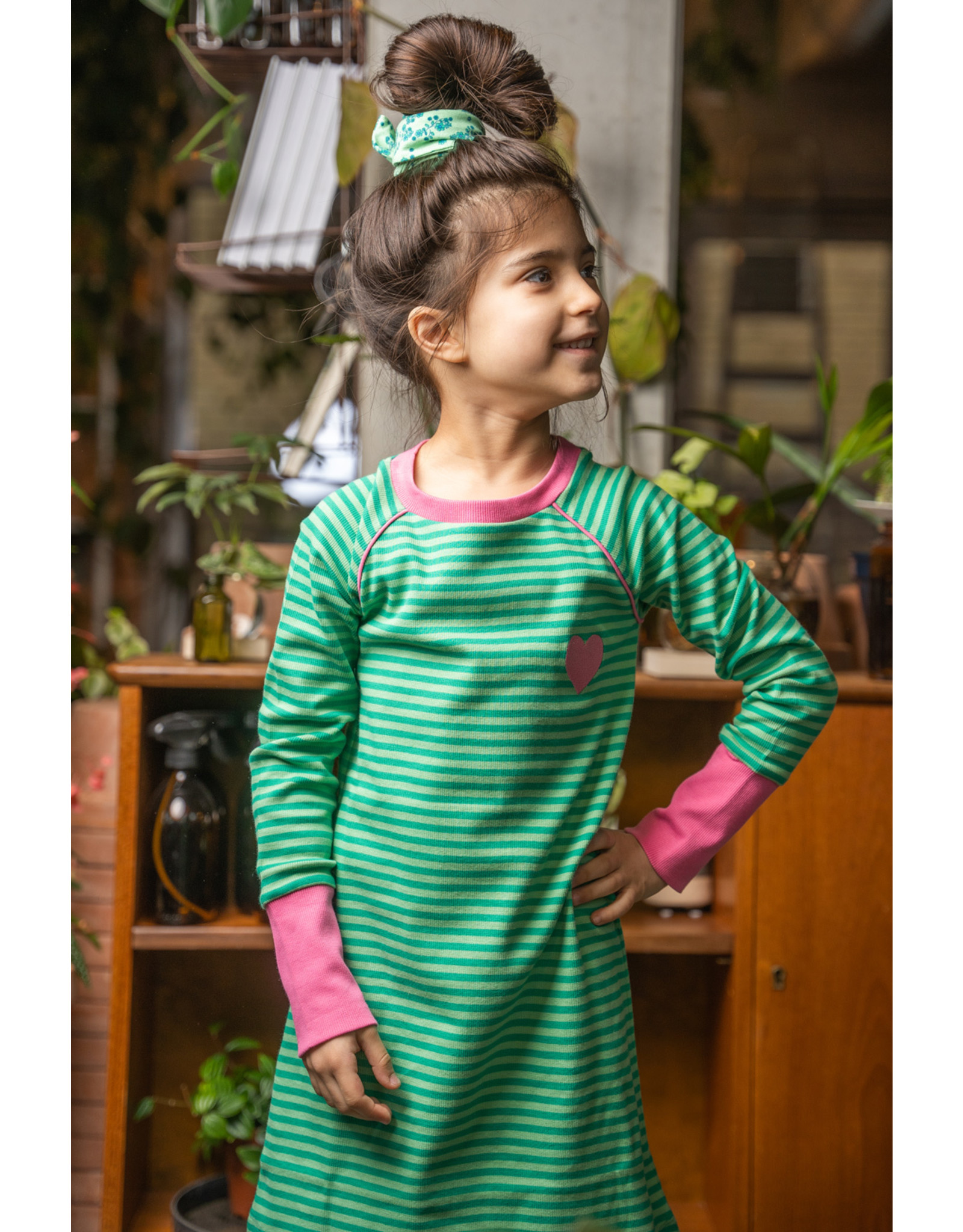 ALBA of Denmark Groen roze vrolijke streepjes jurk
