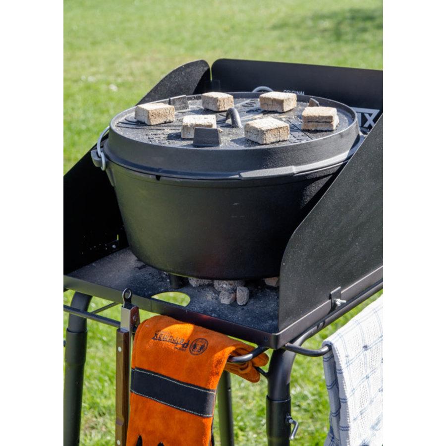 Petromax Dutch Oven Tafel FE45-4