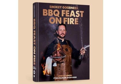 Boek 'Feast on Fire' - Smokey Goodness