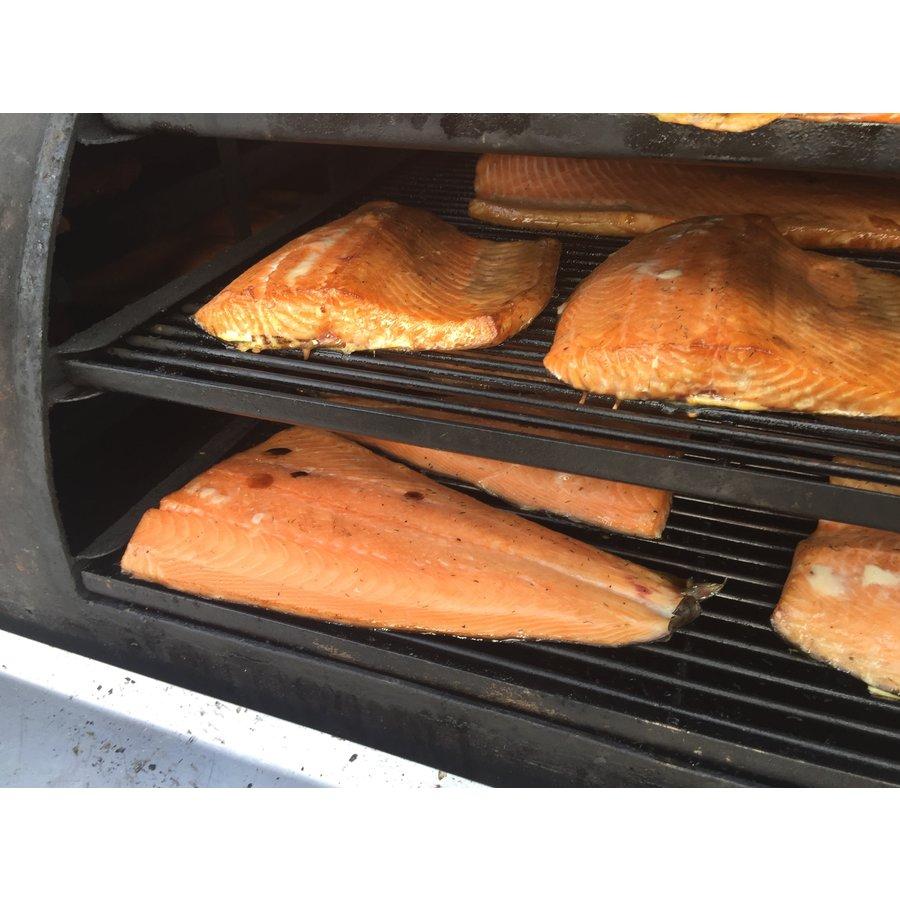 1/2 zalmzijde gerookt by rookoven.com-2