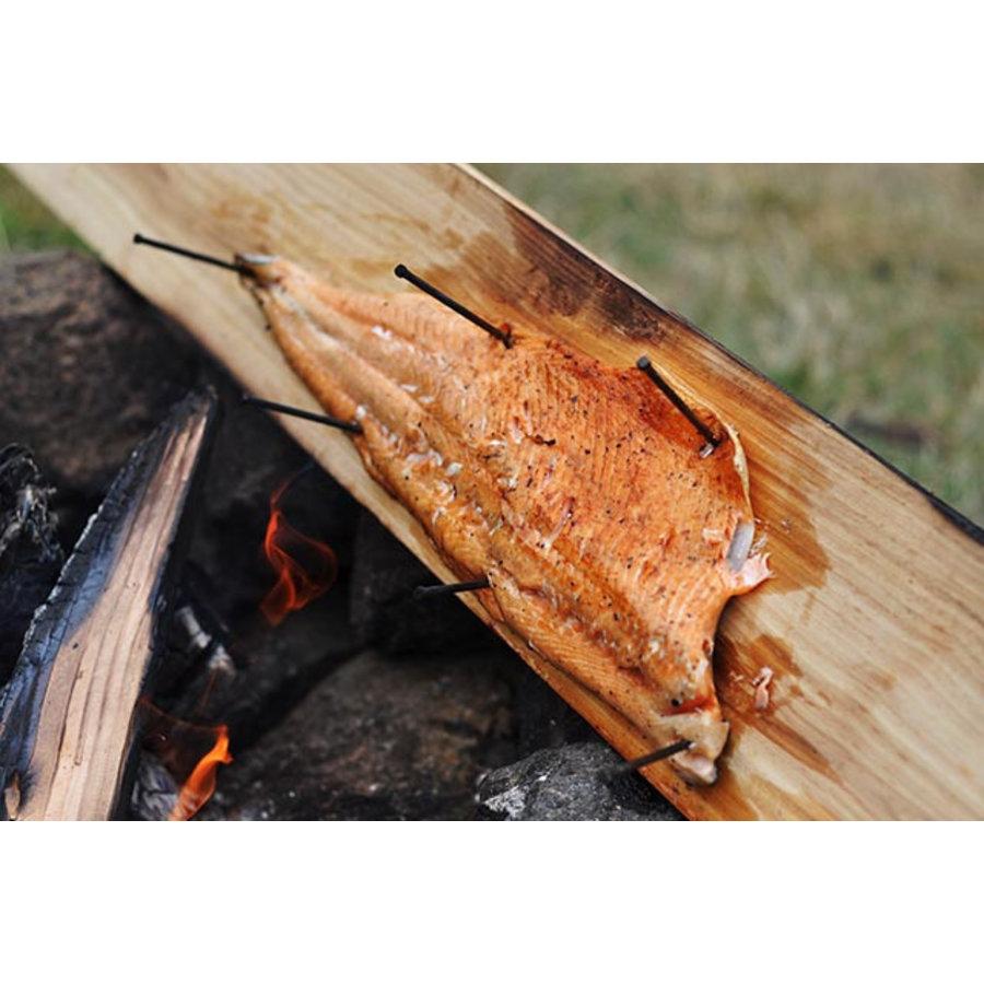 Koken op Hout Around the Fire Cedarwood Plank-3
