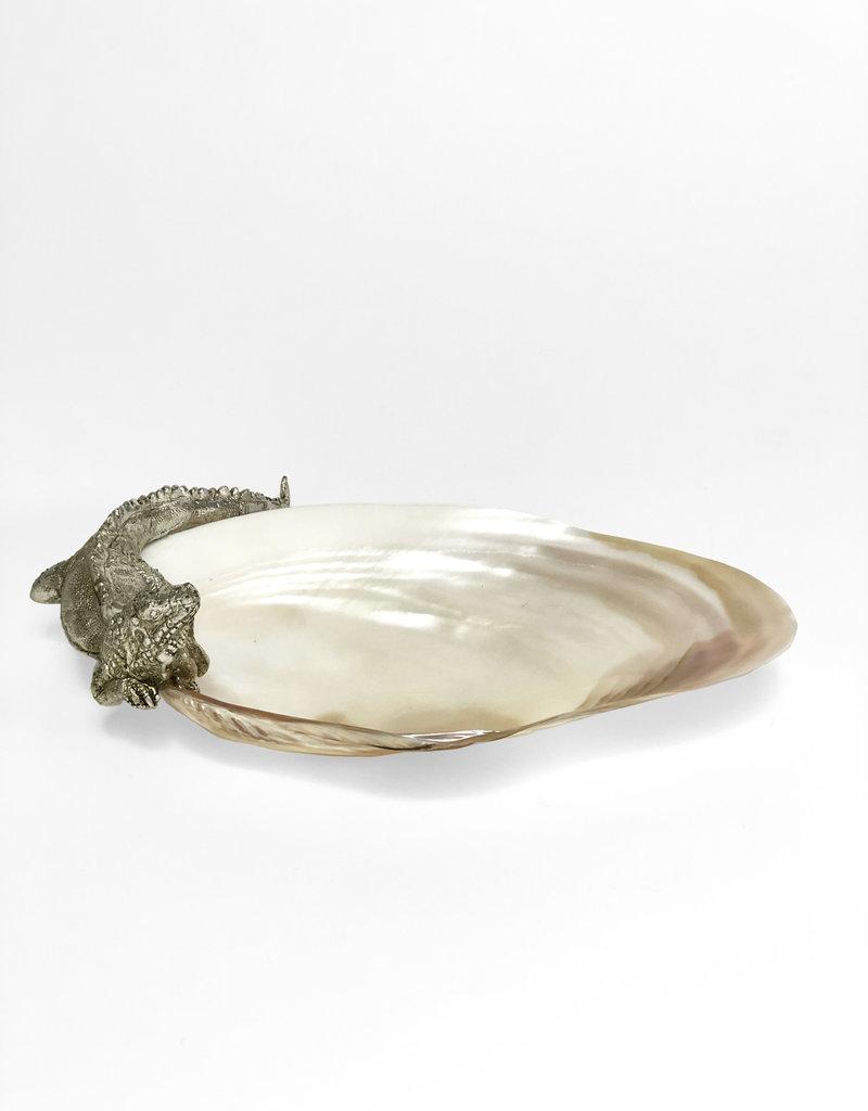 Iguana lizard shell bowl
