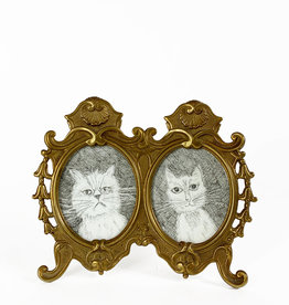 Vintage duo picture frame