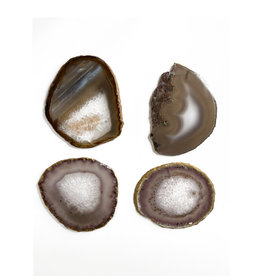 Marieke Ariëns Interior Objects Atelier - Set of four agate gold rimmed coasters. 10 x 10 cm III