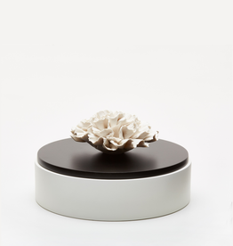 Biscuit porcelain flower treasure box black & white  (Ø 15 cm)